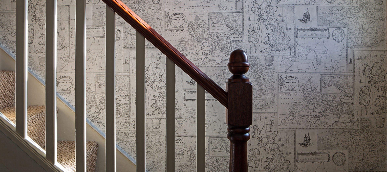 luxury-kingham-weavers-cottage-staircase