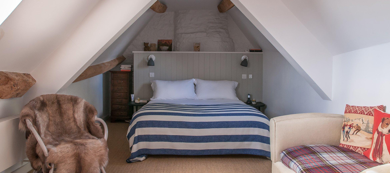 luxury-kingham-cotswold-cottage-ensuite-bedroom