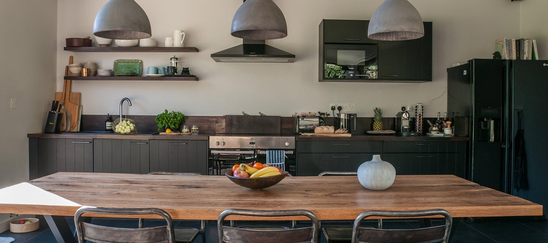 luxury-kingham-cotswold-cottage-kitchen