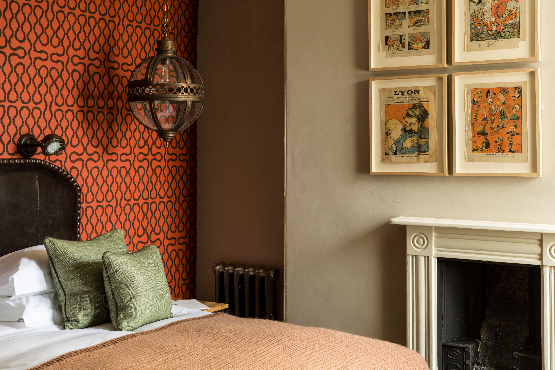 cheltenham-townhouse-38_the_park-globe-bedroom