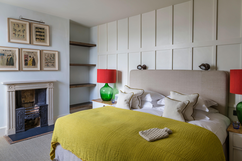 cheltenham-townhouse-38_the_park-panelled-bedroom