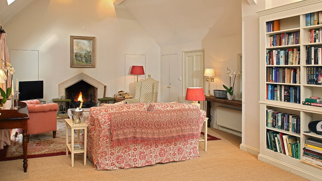 bruern-holiday-cottages-cope-fire-place