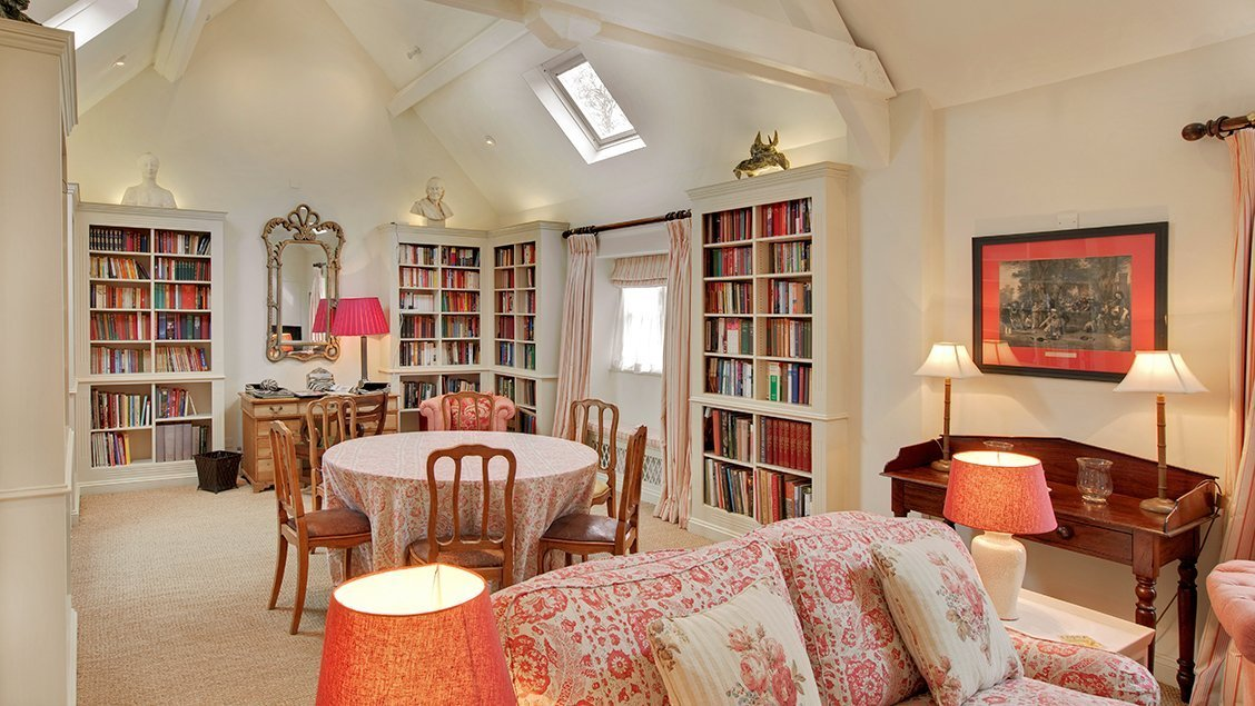 bruern-holiday-cottages-cope-sitting-room