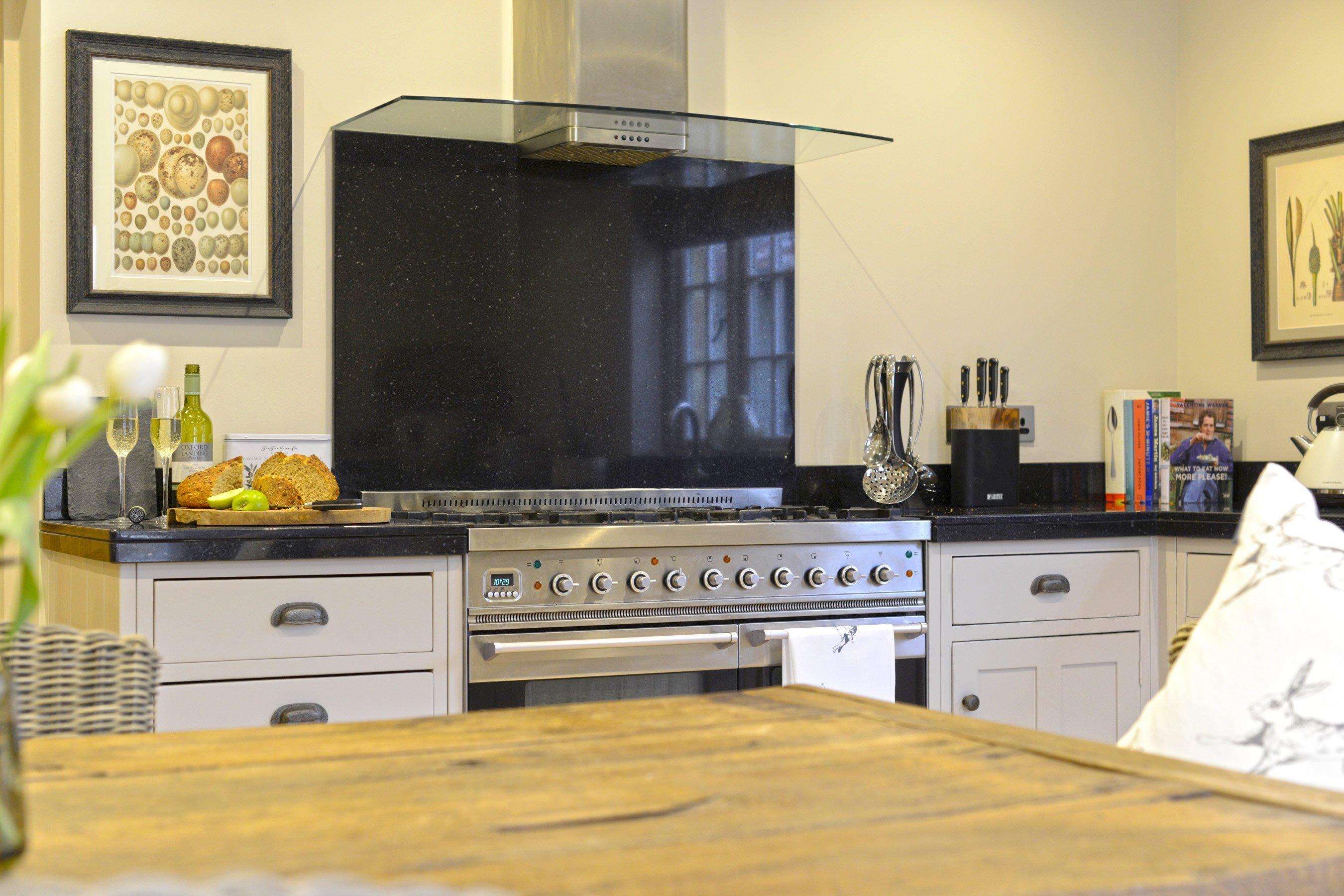 the-laurels-draycott-kitchen-range-cooker
