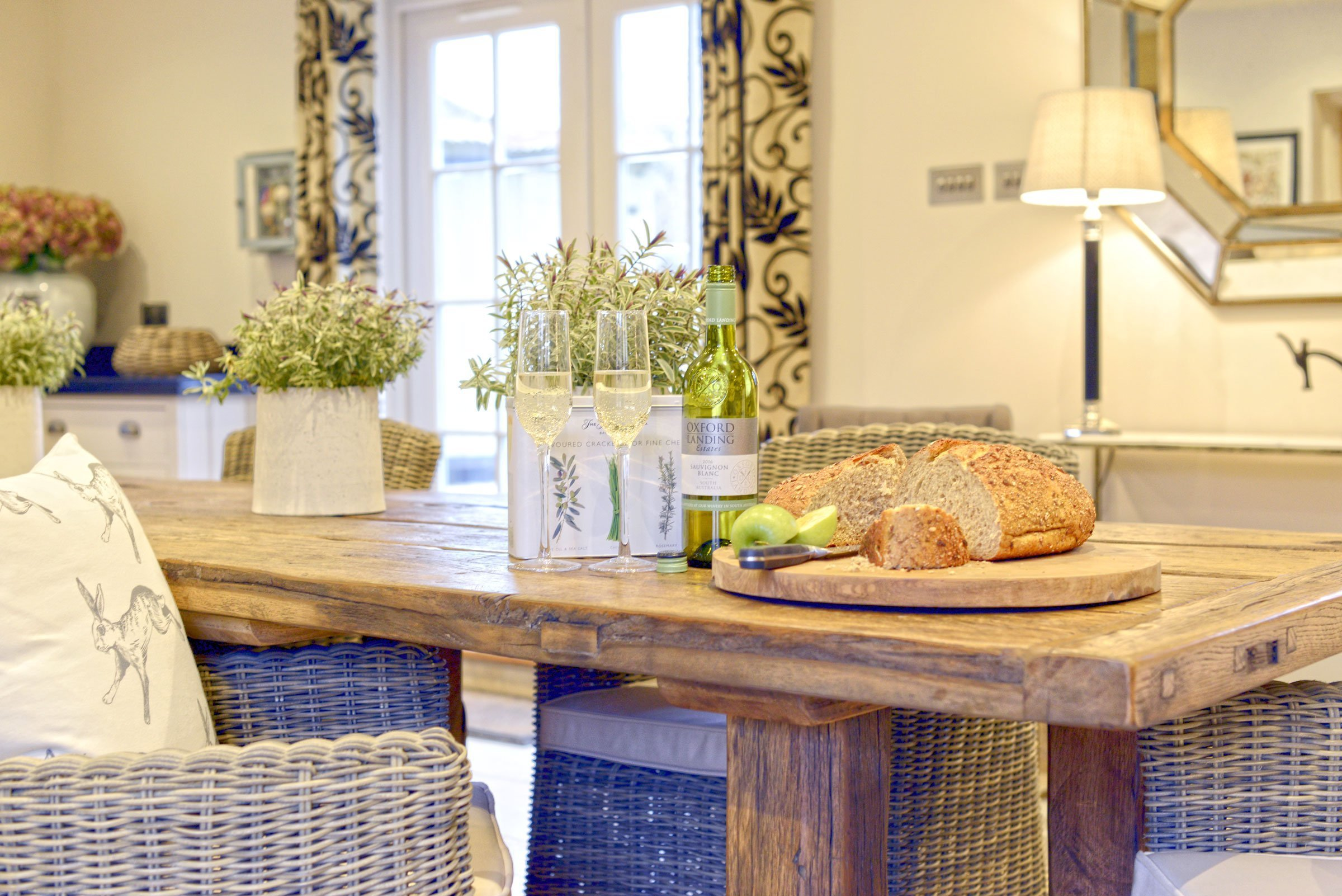 the-laurels-draycott-kitchen-table