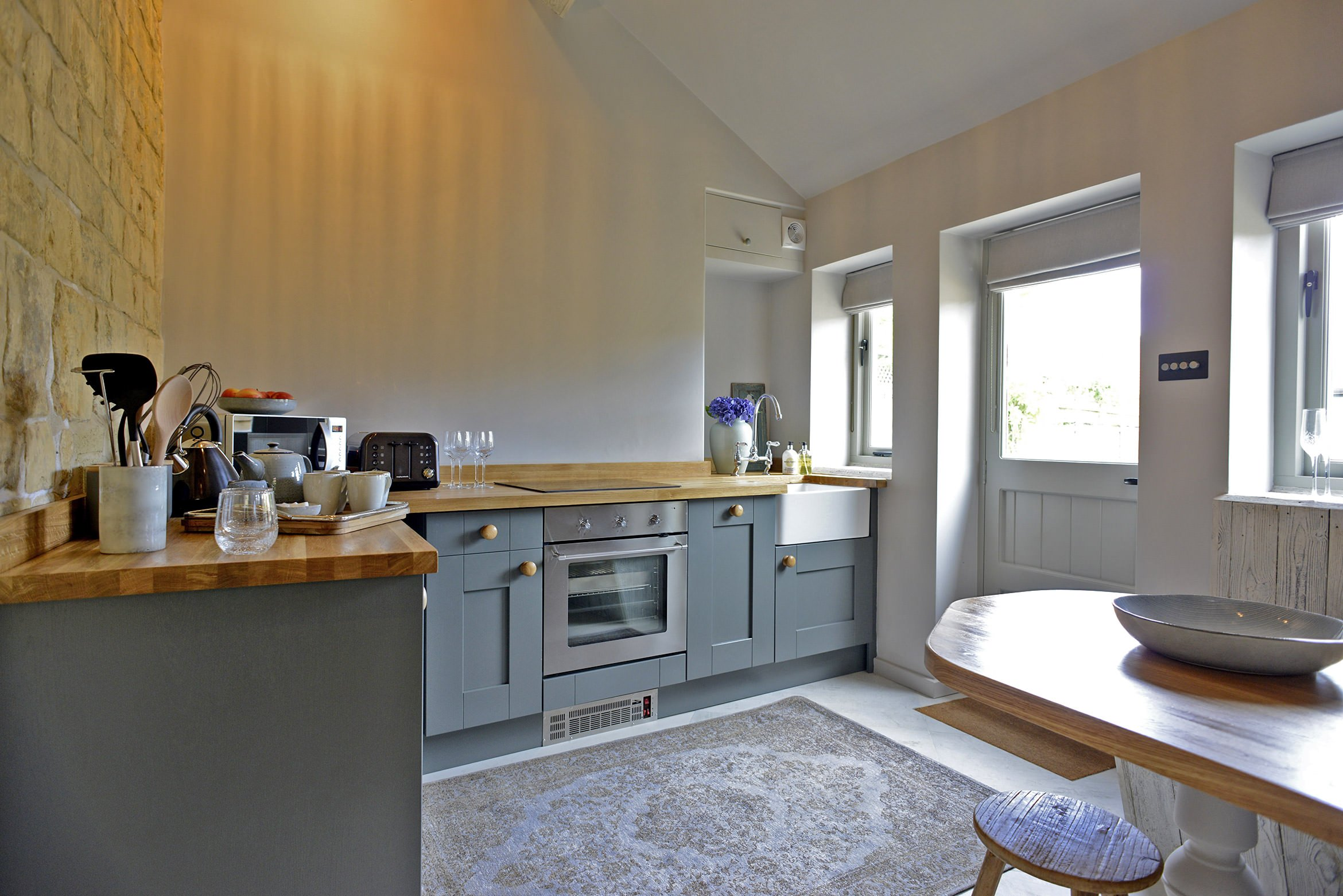walnut-cottage-moreton-in-marsh-kitchen