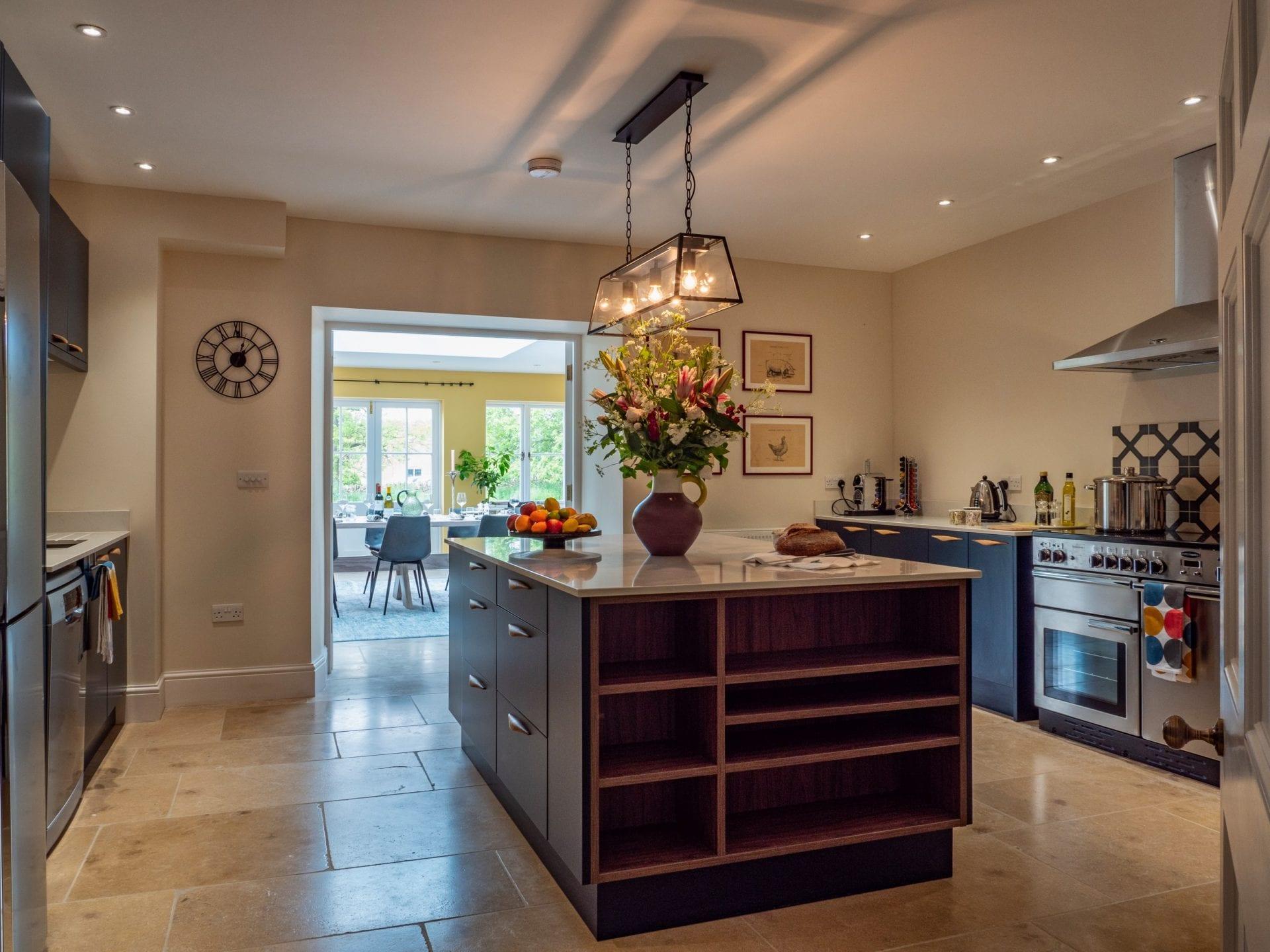 Luxury Manor Farmhouse in Conderton nr Tewksbury on Luxury Farmhouse Kitchen  id=41795