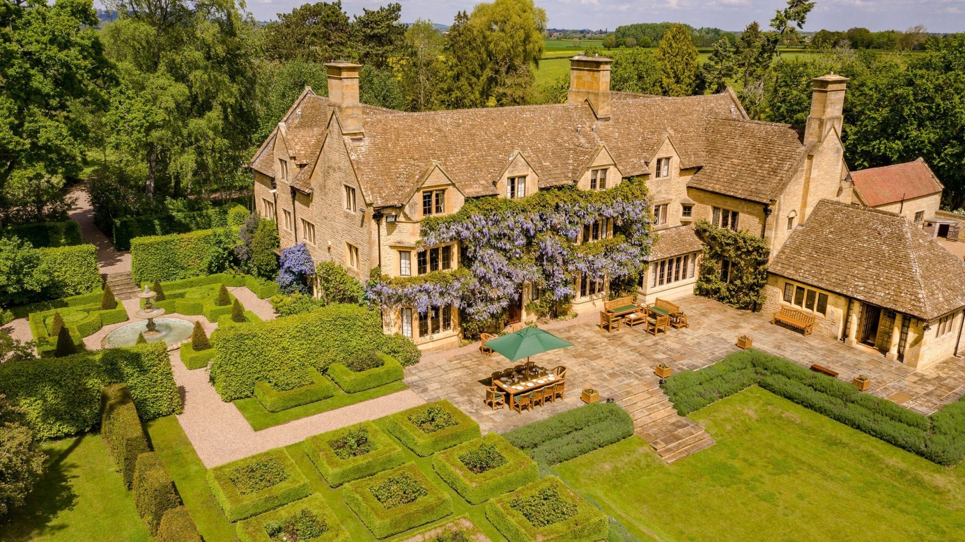 Enjoyable Luxury Cotswold Rentals Holiday Cottages Country Houses Home Interior And Landscaping Mentranervesignezvosmurscom